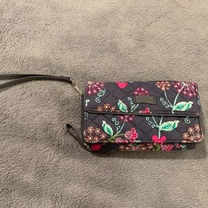 Vera Bradley Disney All in One Crossbody/Wristlet